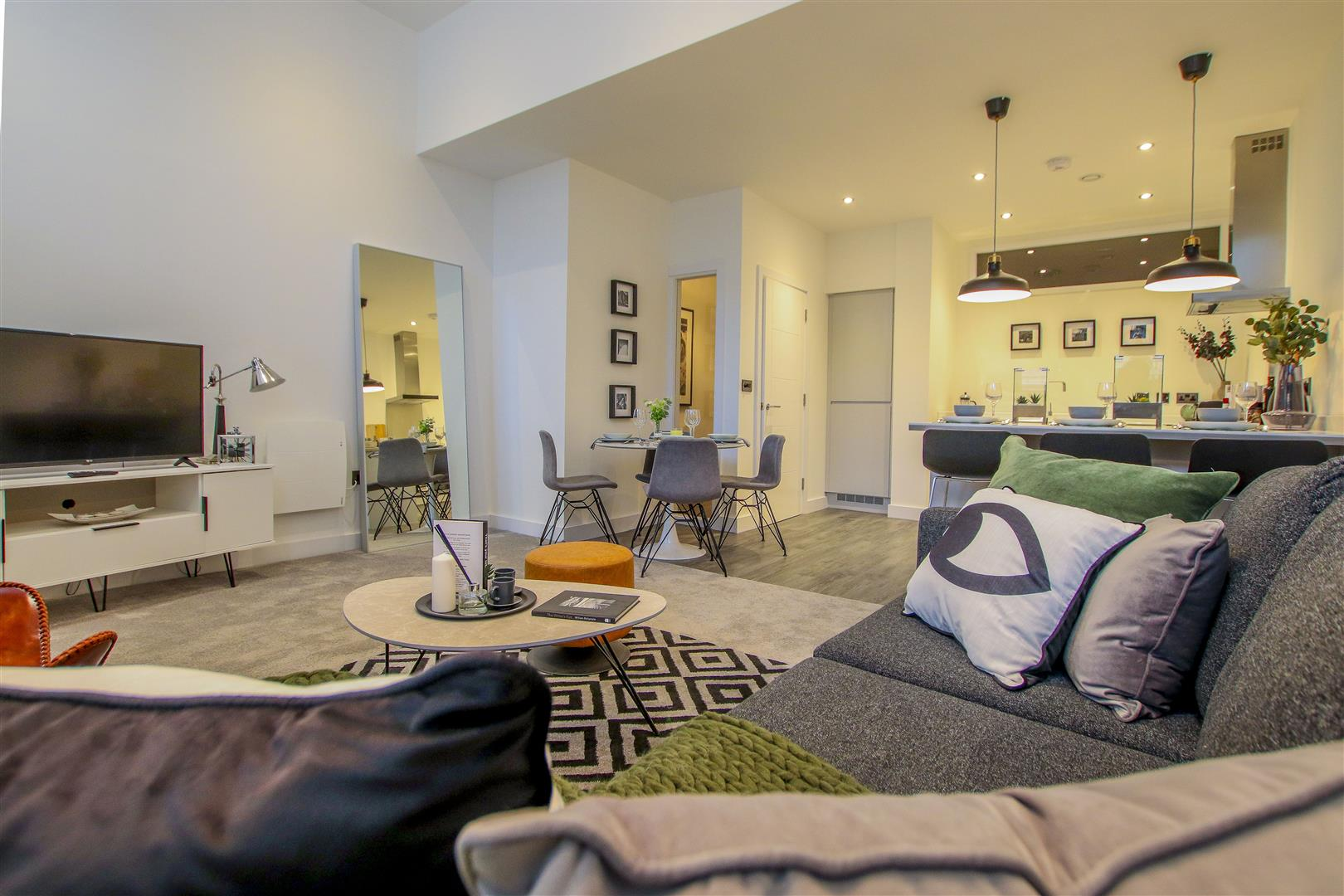 2 Bedroom Apartment For Sale - 27.JPG